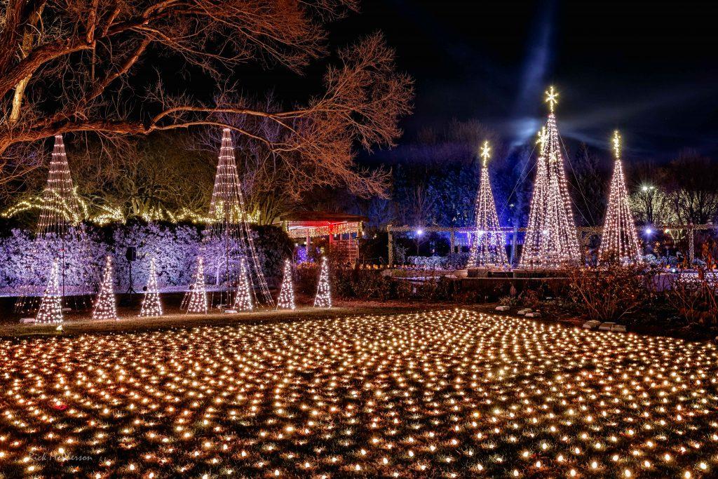Illuminations needs volunteers - Illuminations Home Page €� Botanica